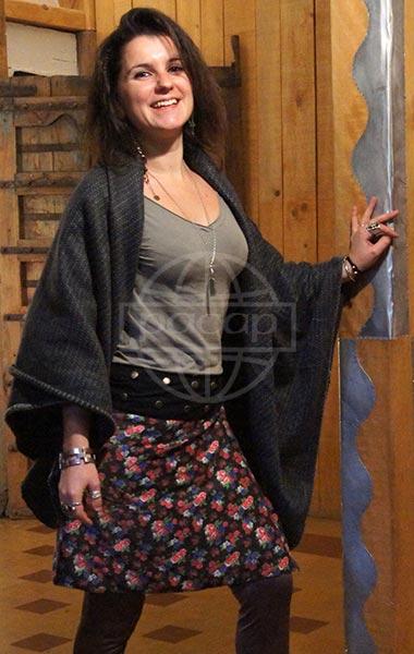 mayorista de ropa de invierno falda de terciopelo de algodón falda-falda-medio-invierno-Pacap-flores-colores